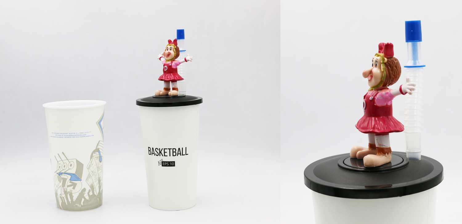 3D FIGURINE CUP WITH STRAW